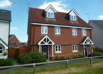 Thumbnail 3 bed property to rent in Wheatsheaf Close, Sindlesham, Wokingham