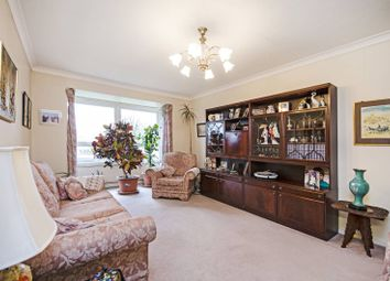 3 bed flat for sale in Brampton Grove, Hendon, London NW4