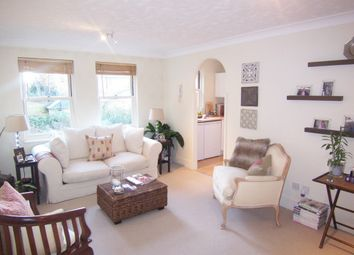 Thumbnail 1 bed flat to rent in Bloomsbury Place, East Hill, Wandsworth