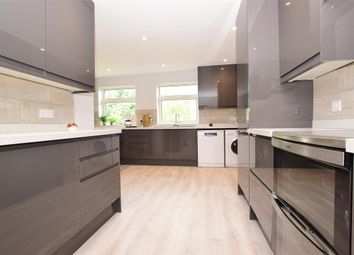 Thumbnail 5 bed detached house to rent in Pennington Place, Tunbridge Wells