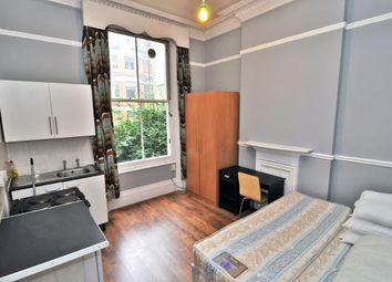 Thumbnail Studio to rent in Cheniston Gardens, High Street Kensington, London