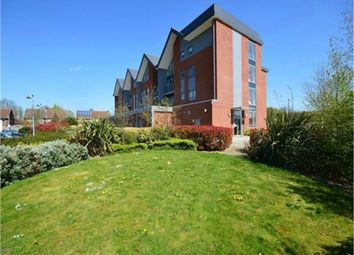 Thumbnail 2 bed flat to rent in Green View Court, School Mead, Abbots Langley, Hertfordshire