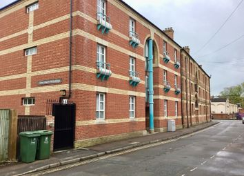2 bed flat to rent in Woodbine Place, Oxford OX1
