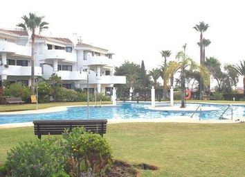 Thumbnail 2 bed apartment for sale in Calahonda, Calahonda, Spain