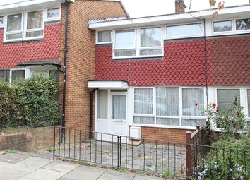 Thumbnail Terraced house to rent in Windsor Close, London