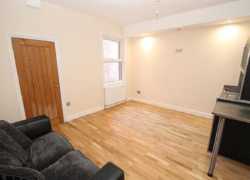 Thumbnail 1 bedroom flat to rent in Pell Street, Reading