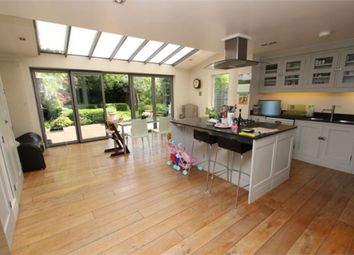 Thumbnail 7 bed link-detached house to rent in Firs Avenue, Muswell Hill, London
