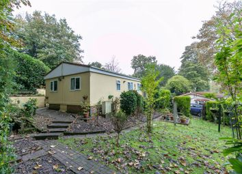 2 bed mobile/park home for sale in Jay Walk, Turners Hill Park, Turners Hill, Crawley, West Sussex RH10
