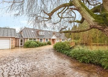 Thumbnail 6 bedroom detached house to rent in Home Farm Road, Rickmansworth, Hertfordshire
