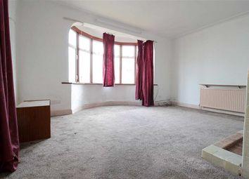 2 bed maisonette to rent in Ashurst Drive, Barkingside, Ilford IG6