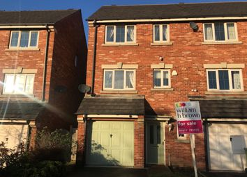 4 bed town house for sale in Pretoria Street, Featherstone, Pontefract WF7