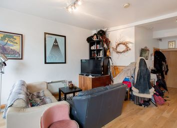 Thumbnail 1 bedroom flat to rent in Cavendish Parade, Clapham Common South Side, London