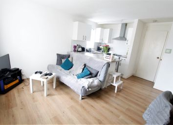 Thumbnail 1 bed flat to rent in Willow View, London