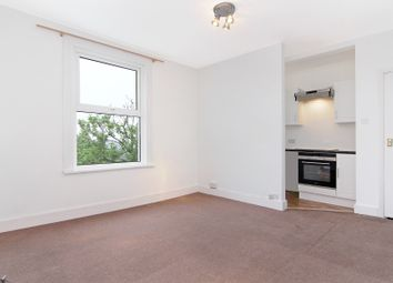 Thumbnail Studio to rent in Central Hill, Crystal Palace