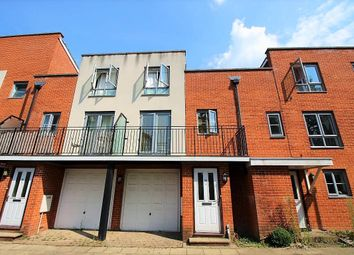 3 bed town house for sale in Battle Square, Reading RG30