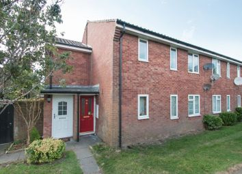 Thumbnail 2 bedroom flat for sale in Conduit Mead, Chichester