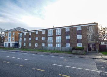 Thumbnail Barn conversion to rent in Laburnum Grove, Northfleet, Gravesend