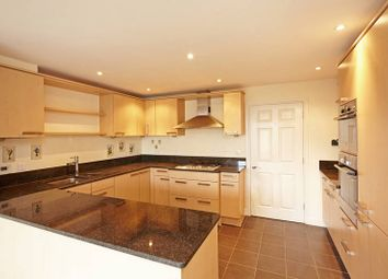 Thumbnail 2 bed flat to rent in Church Road, Tunbridge Wells
