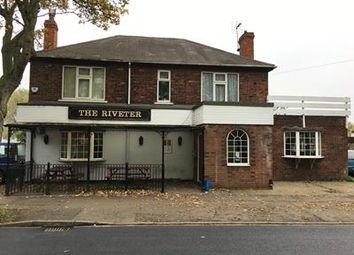 Thumbnail Pub/bar for sale in The Riveter, 50 Henderson Avenue, Scunthorpe, Lincolnshire