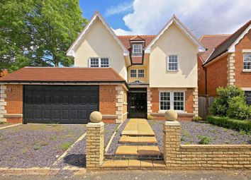 Thumbnail 6 bed detached house for sale in Allandale Avenue, Finchley