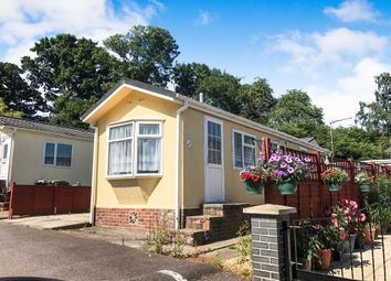 2 bed mobile/park home for sale in Glen Mobile Home Park, Colden Common, Winchester SO21