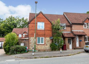Tavern Court, Haslemere GU27. 2 bed flat