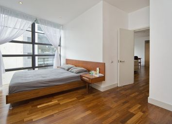 Thumbnail 1 bed flat to rent in St John's Square, Clerkenwell