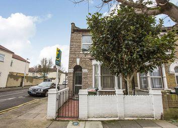 Thumbnail 1 bedroom flat for sale in Tunmarsh Lane, London