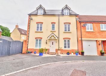 4 bed semi-detached house for sale in Phoenix Gardens, Swindon SN25