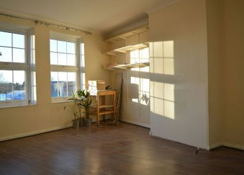 Thumbnail 1 bed flat to rent in Hook Road, Chessington