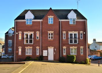 Thumbnail 2 bedroom flat for sale in Swan Court, Askern, Doncaster