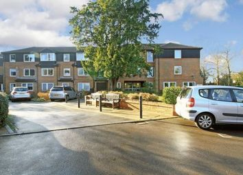 Thumbnail 1 bed flat to rent in Homecedars, Bushey