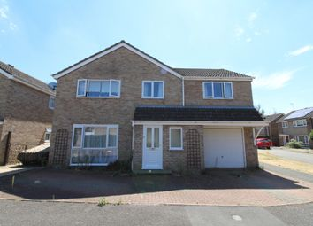 Thumbnail 5 bed detached house for sale in Welland Drive, Newport Pagnell, Buckinghamshire