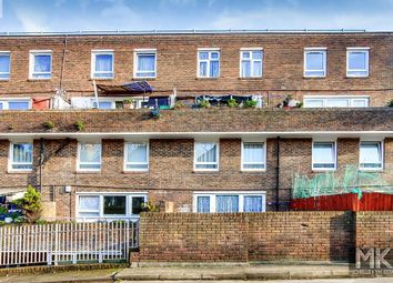3 bed flat for sale in Lipton Road, London E1
