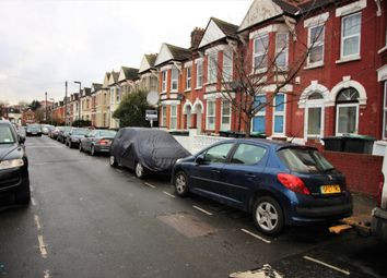 Thumbnail 2 bed flat to rent in Springfield Road, London