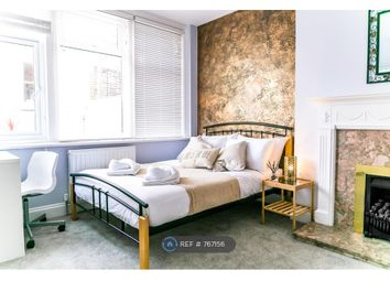 Room to rent in South Cliff Avenue, Eastbourne BN20