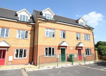 Thumbnail 4 bed town house to rent in Rettendon View, Wickford, Essex