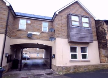 Thumbnail 1 bed flat to rent in Ashfield, Bradford