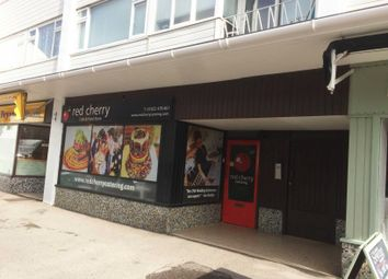 Thumbnail Retail premises to let in Bargates, Christchurch