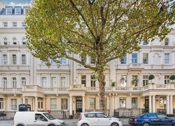 Thumbnail 4 bed flat for sale in Queen's Gate, London