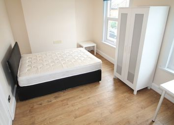 Thumbnail 4 bedroom terraced house to rent in Glenfarg Road, London
