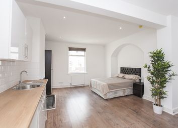 Thumbnail Studio to rent in Sandy Hill Road, Woolwich