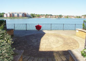 Thumbnail 2 bedroom flat for sale in Hawkeswood Road, Southampton
