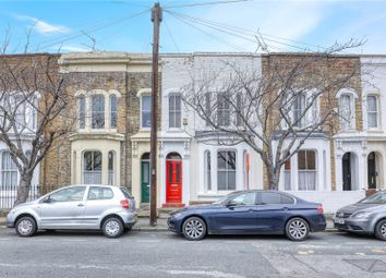 3 Bedrooms  for sale in Lichfield Road, Bow, London E3