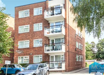 2 bed flat for sale in Solar Court, Etchingham Park Road, Finchley, London N3