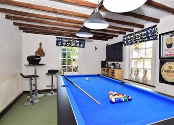 4 bed detached house for sale in Upper Street, Leeds, Maidstone, Kent ME17
