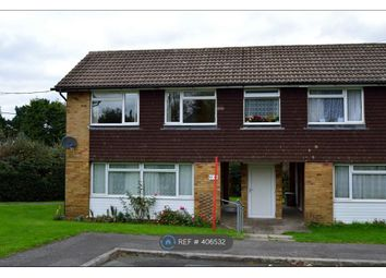 Thumbnail 1 bed flat to rent in Barfields, Bletchingley, Redhill