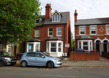 Thumbnail 2 bed flat to rent in Waverley Road, Reading, Berkshire
