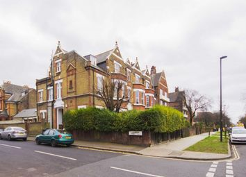 Thumbnail 2 bed flat to rent in Kings Avenue, Clapham, London