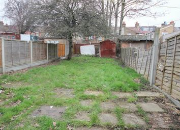 Thumbnail 1 bed flat to rent in Henley Road, Ilford